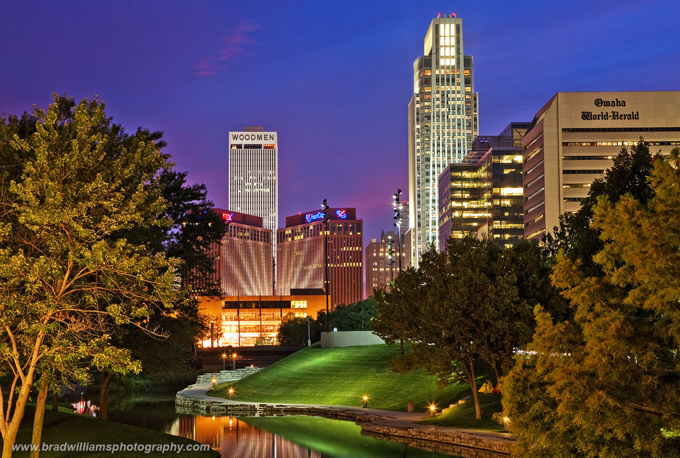 Omaha, Skyline, Nebraska, Sunset, twilight, Gene Leahy Mall, photo