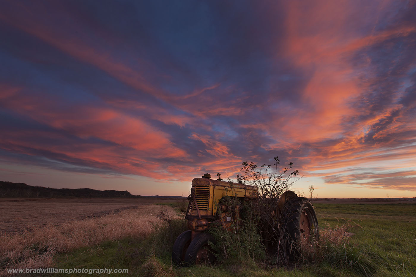 Honey Creek, Iowa, sunset, tractor, photo