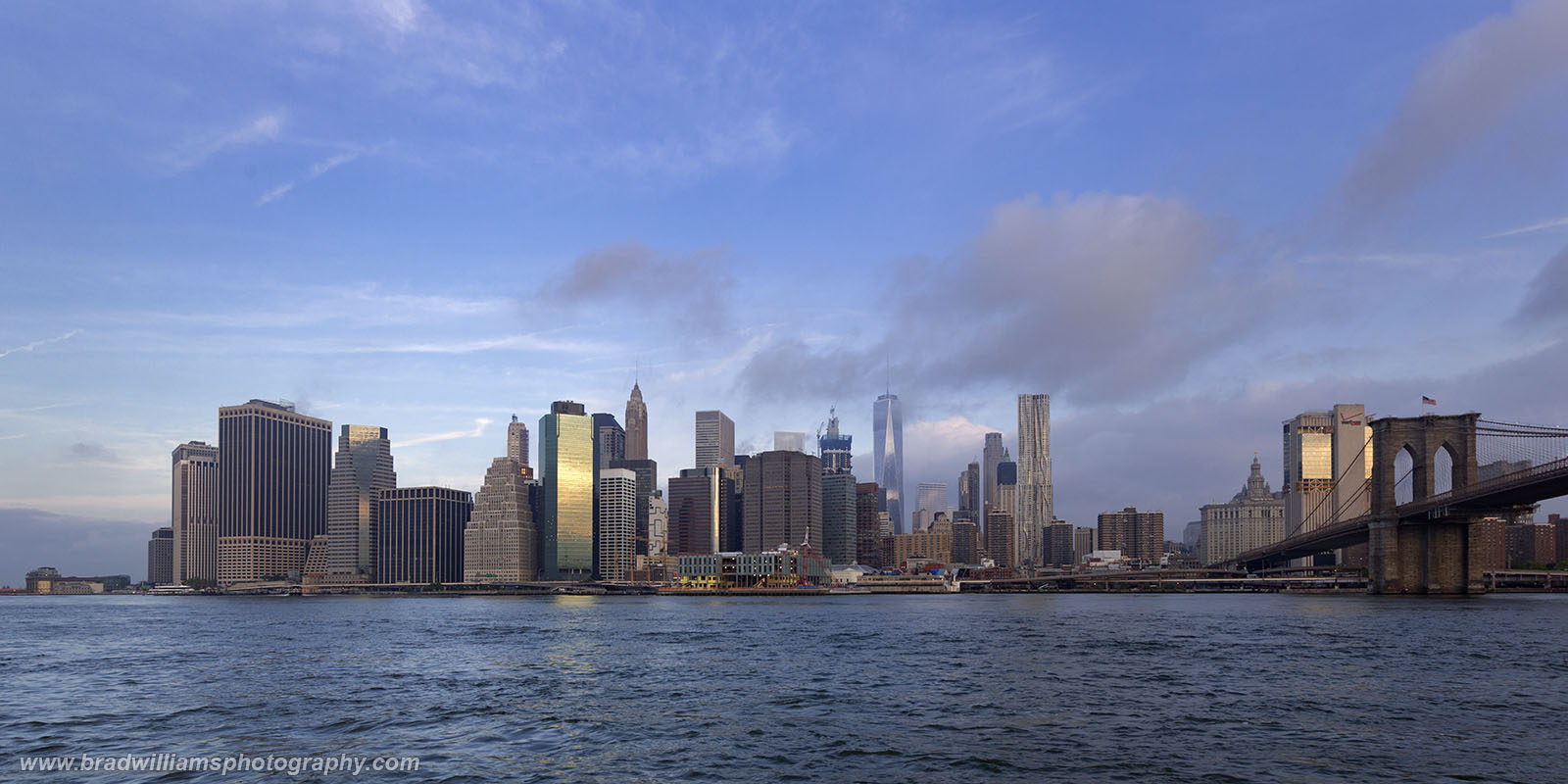 Lower Manhattan, Brooklyn, New York, skyline , photo