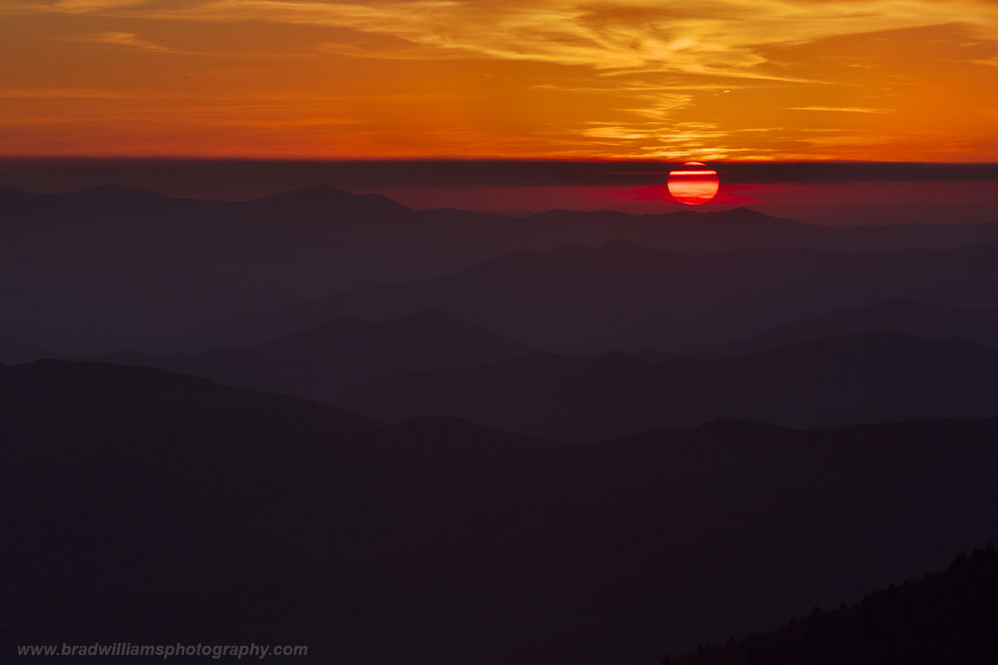 A beautiful sunset in the the Great Smokey Mountains.