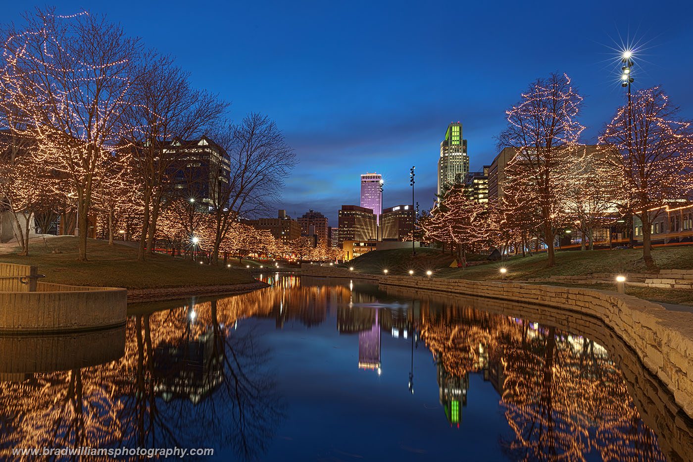 Omaha, Nebraska, Skyline, Gene Leahy Mall., photo