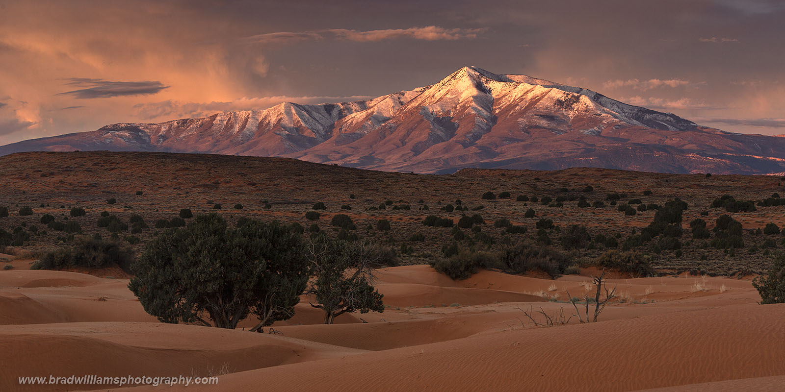 Sand Dunes, Snow, Henry Mountains, Utah, Sunrise, Clouds, photo
