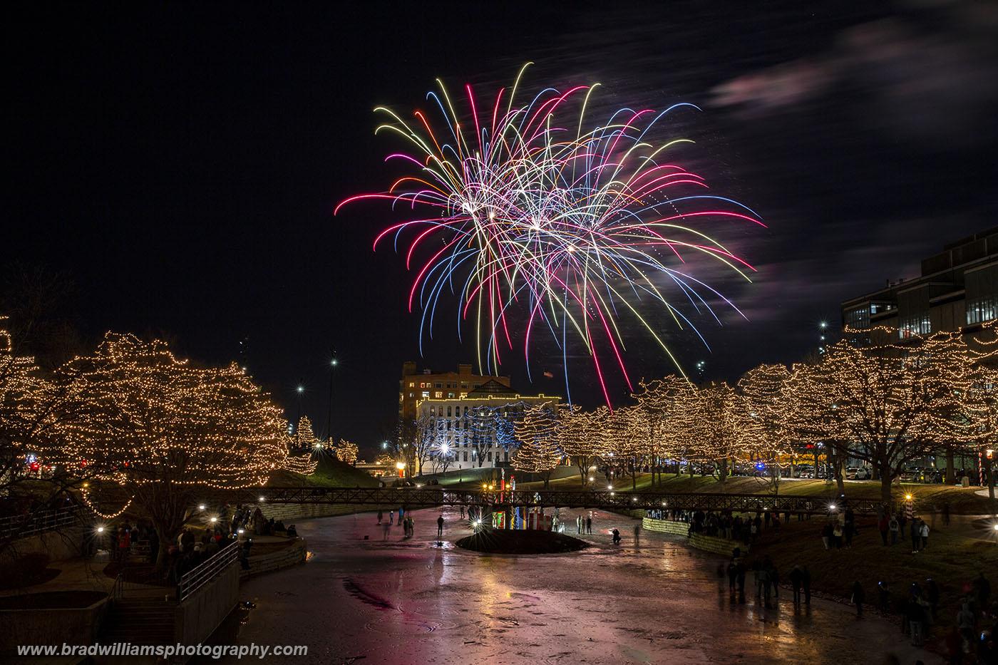 2018, New Year's Eve, Fireworks, Gene Leahy Mall, Omaha, Nebraska, photo