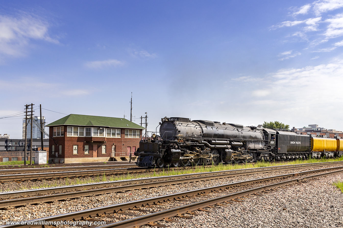 Union Pacific BigBoy 4014 passing Tower B in Downtown Omaha